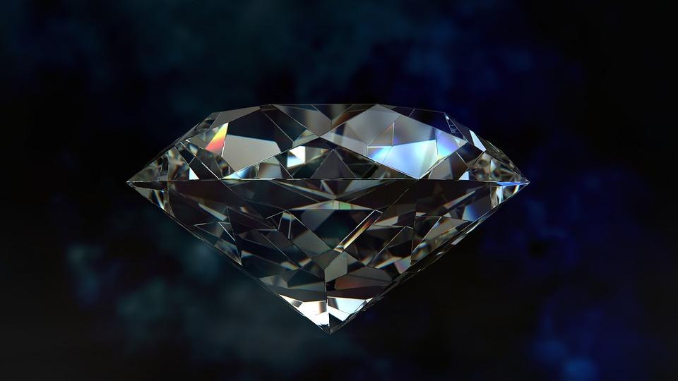 precious stone facetted Diamant Edelstein Schmuckstein